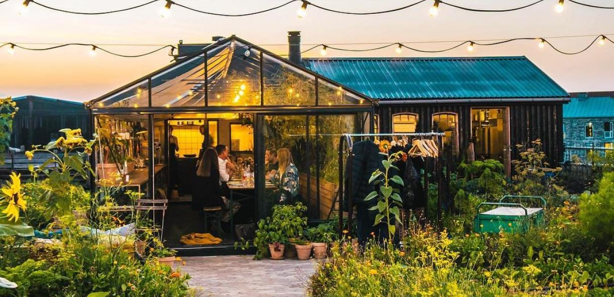 Østergro is located on a rooftop and serves as both an organic restaurant and urban garden