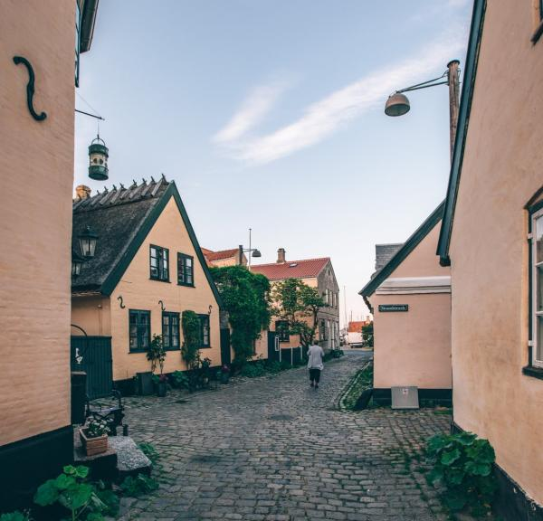 The iconic yellow houses in Dragør